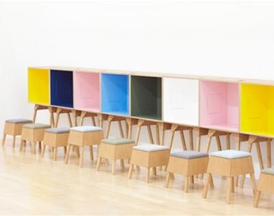 cool koloro desk and stool design