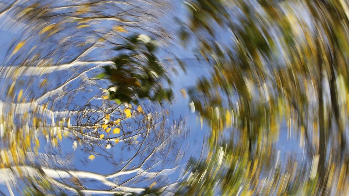 9 reasons why you feel dizzy - and when to be concerned