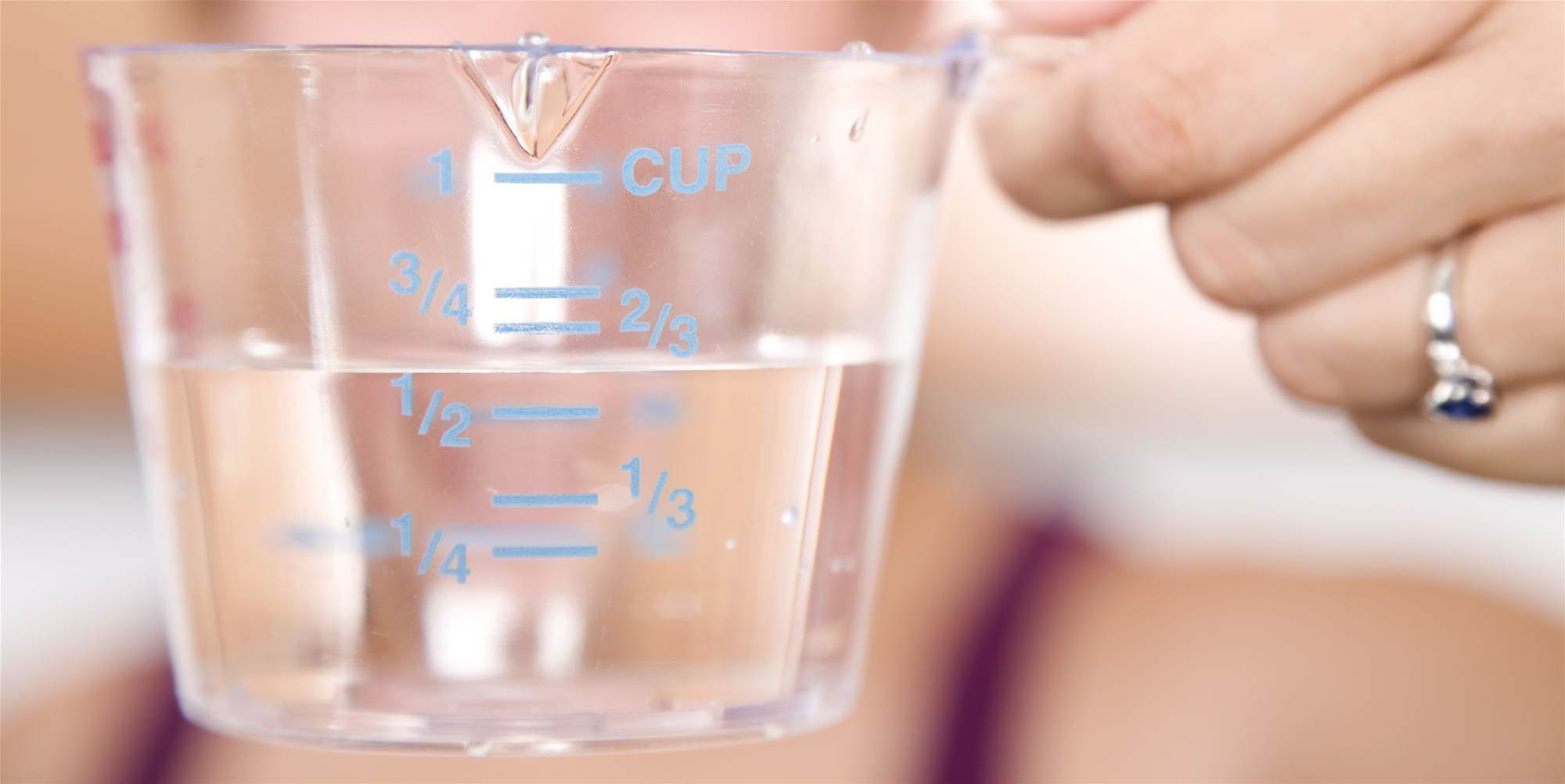 8 Expert-Backed Ways to Get Rid of Water Weight Fast