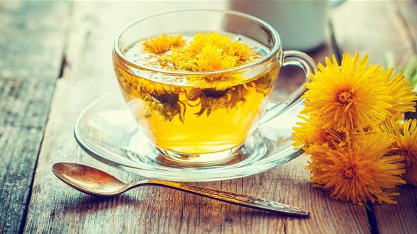 Dandelion Tea: 6 Ways It Could Benefit Your Liver, Skin, and Weight