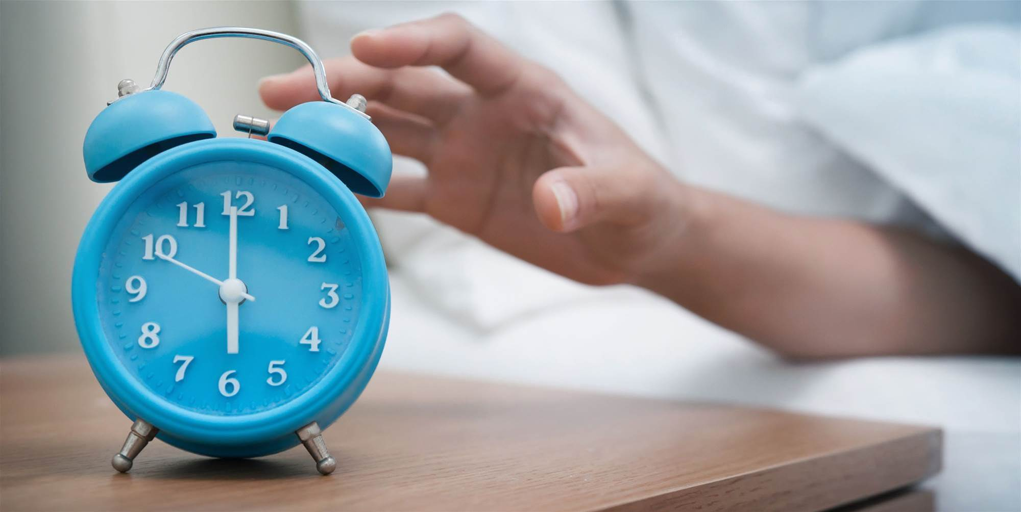 How to Keep the End of Daylight Saving Time From Messing With Your Sleep