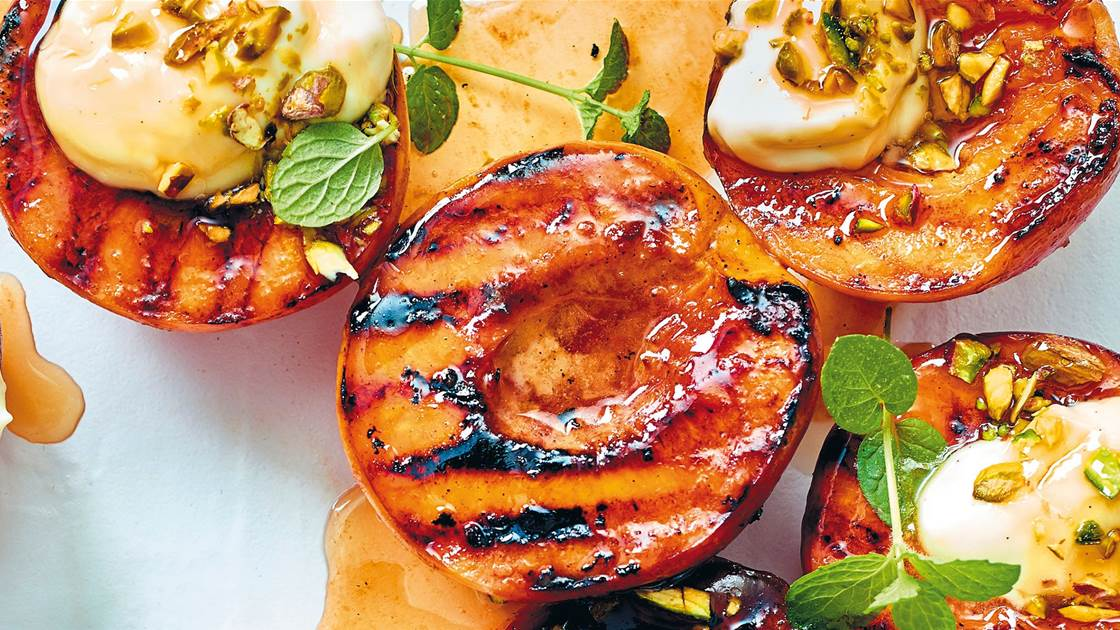 RECIPE: Grilled peaches with honey & pistachios
