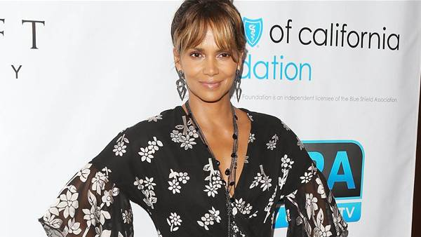 Halle Berry's Trainer Reveals Exactly How Much She Works out for Her Age-Defying Bod