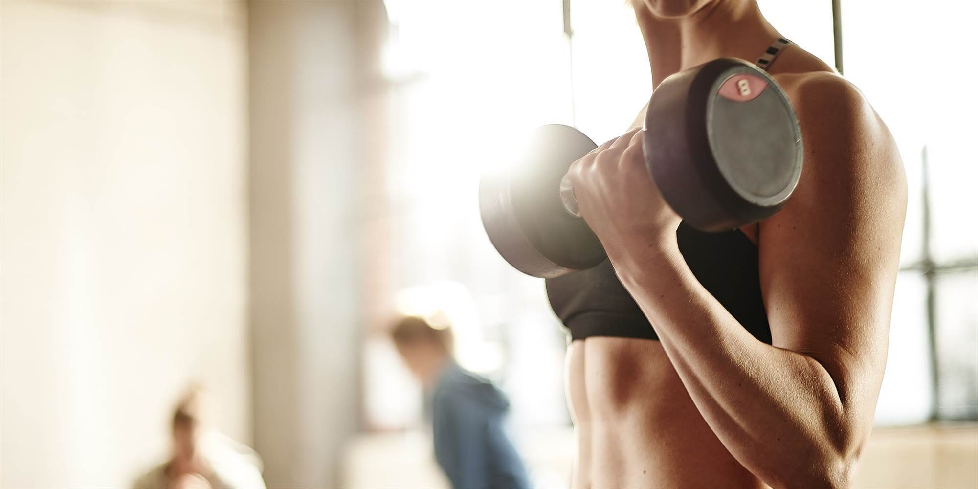 7 Incredible Benefits of Lifting Weights That Have Nothing to Do With Building Muscle
