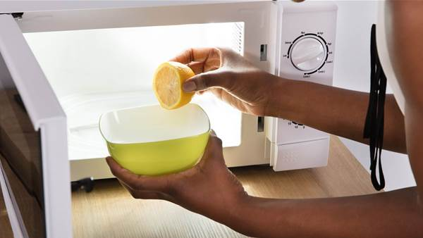 How to Clean Your Microwave With Nothing More Than a Single Lemon
