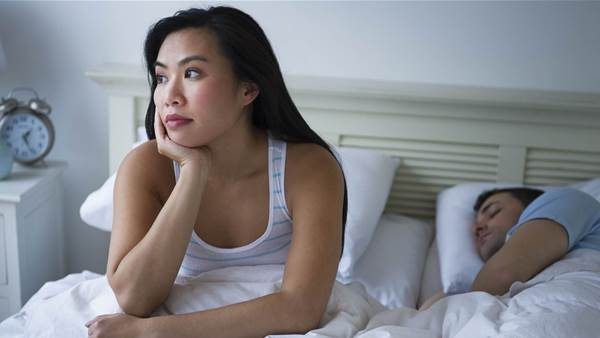 15 reasons you keep waking up in the middle of the night