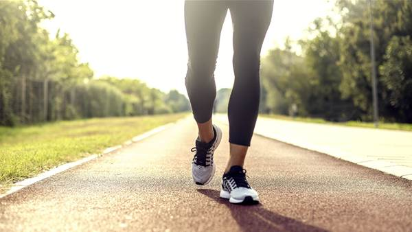 Here's How to Safely Exercise Outside During the Coronavirus Pandemic