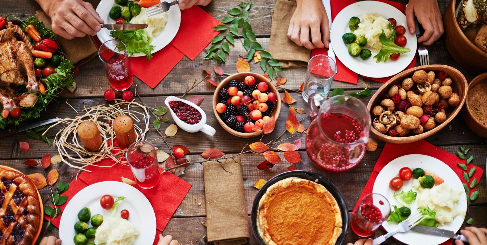 20 Ridiculously Simple Ways Nutritionists Avoid Holiday Weight Gain