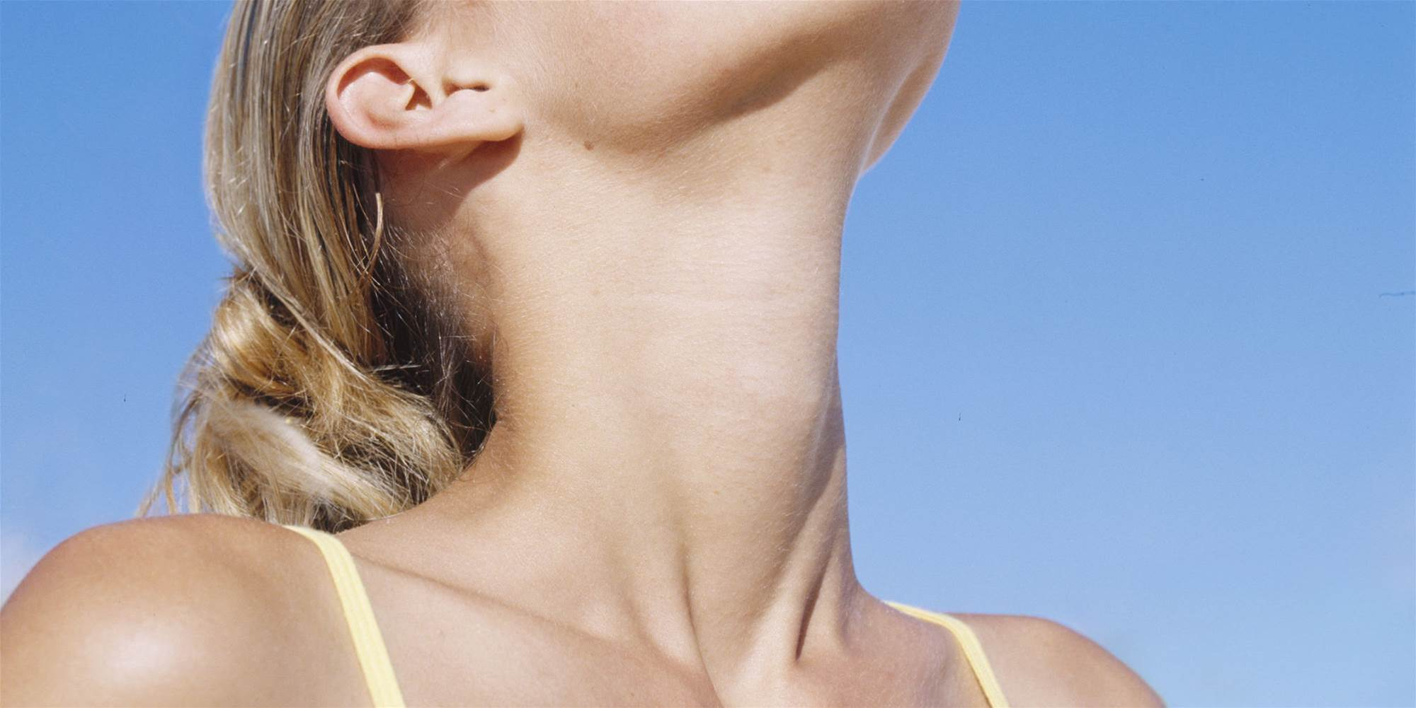 16 Signs Your Thyroid Is out of Whack