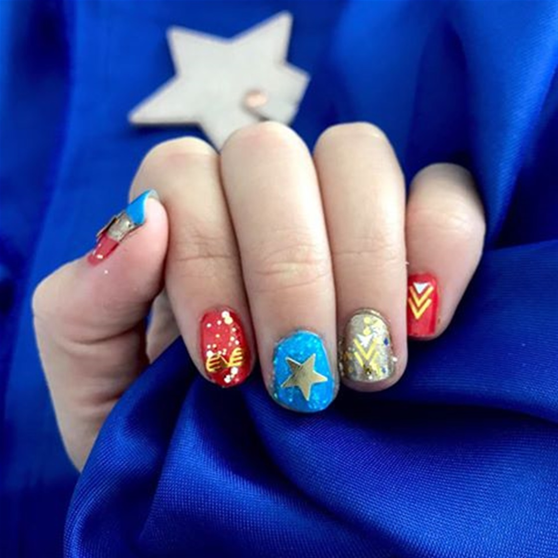 Captain Marvel-ous! Nail Tutorial