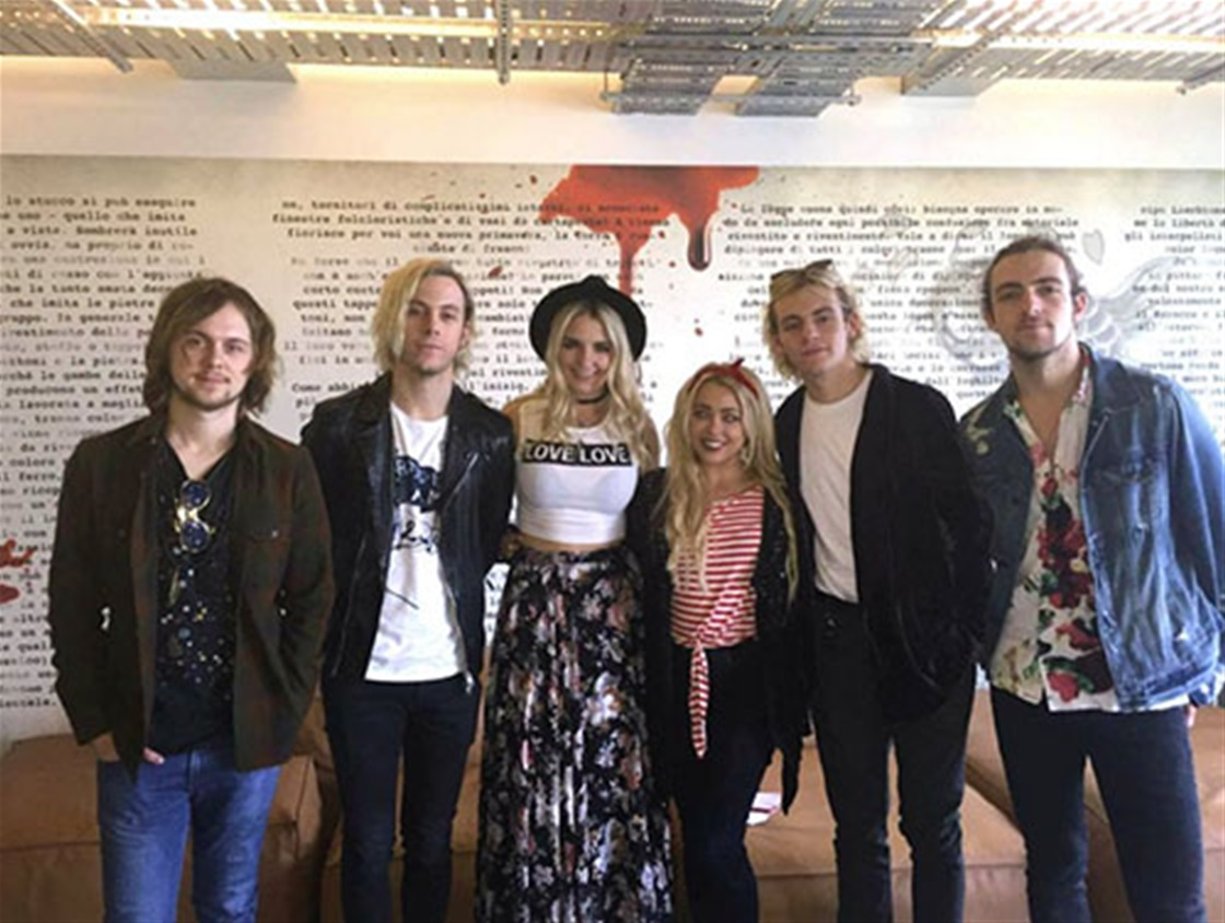 I Met Ross Lynch And R5!