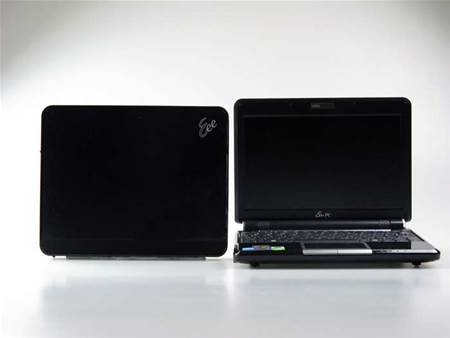 Side by side with the Eee PC 901