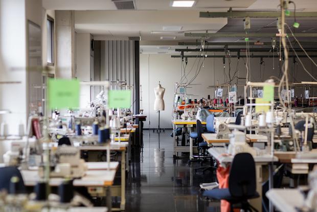 099 rmit frankie sewing 6881 3000px