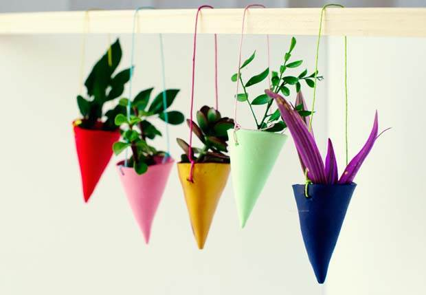 DIY-Miniature-Hanging-Garden-by-Penelope-and-Pip-FinishedExtra2