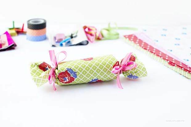 DIY Frankie Gift Wrap Bon Bons by Penelope and Pip Step 6