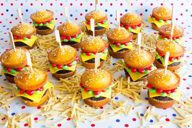 burger-cupcakes-12