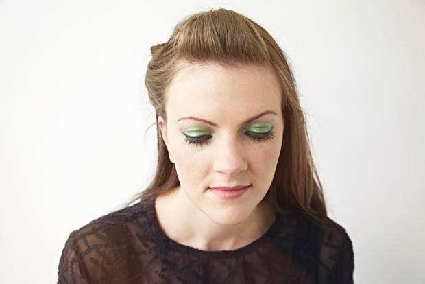 coloured-eyeshadow-5