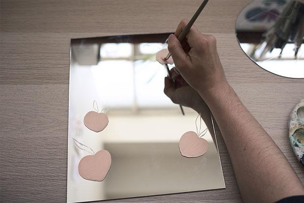 diy painted mirror frankie step 3