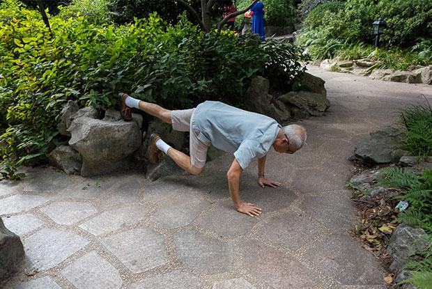 frankie ryan harding old people sleeping in parks3