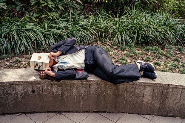 frankie ryan harding old people sleeping in parks8
