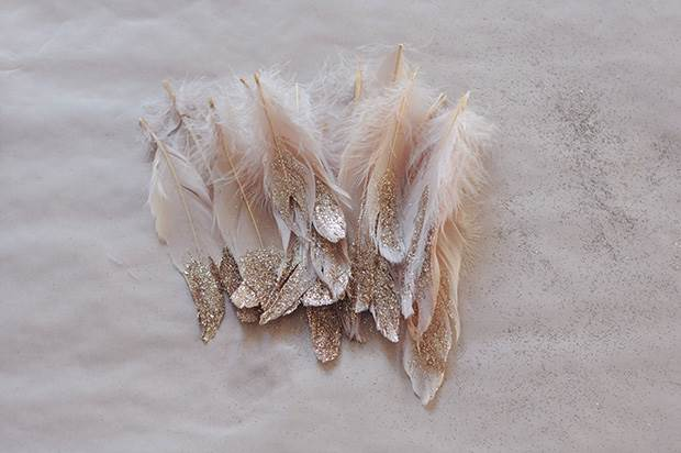 glitter-feather-diy-5