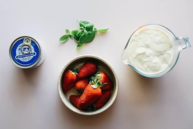 strawberry no churn 2
