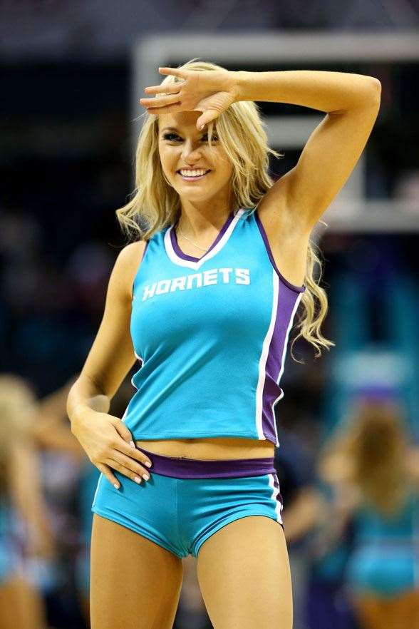 Cheerleaders from across the sporting globe - More Sport ...