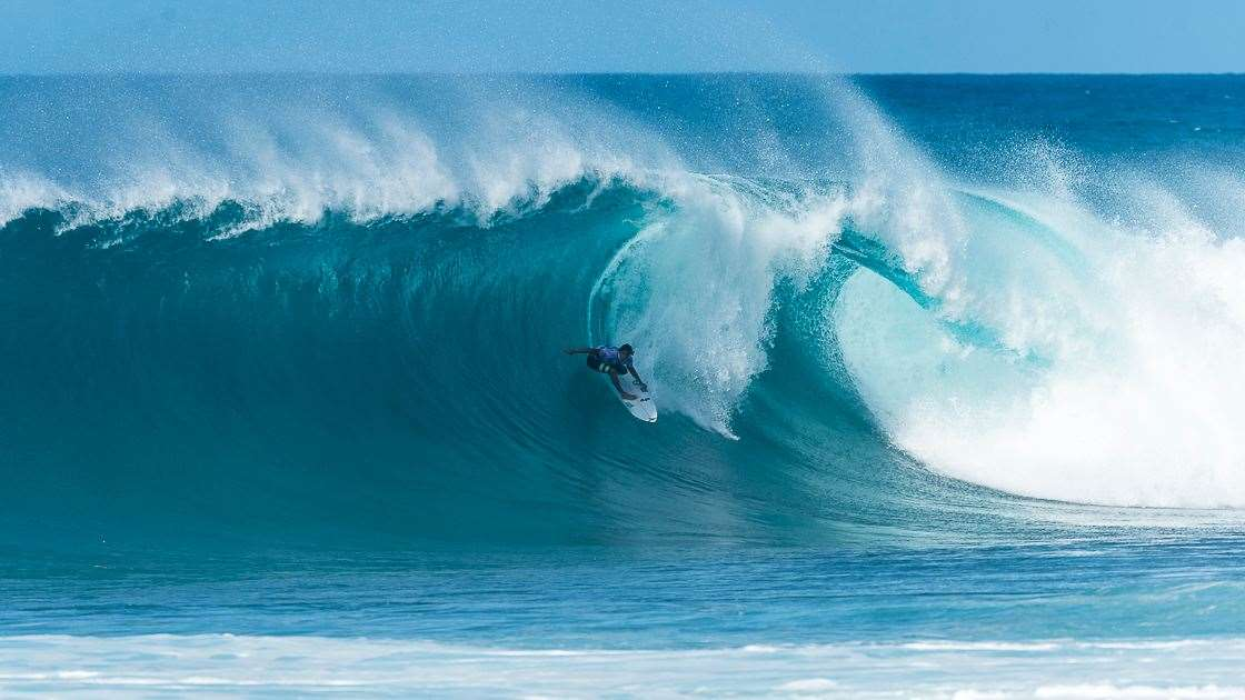 7f97cdda29 Pipe Masters  Day One - Tracks Magazine - The Surfers  Bible