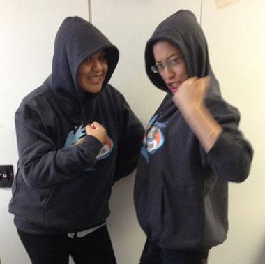 Camp Orange: Claire vs Alex!