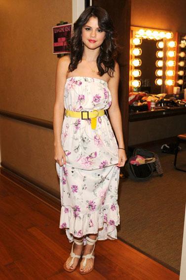Selena Gomez Wears Patterns