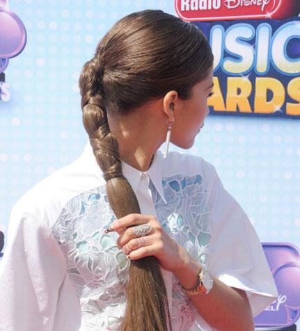 Hairstyles How -To: Zendaya's glam ponytail